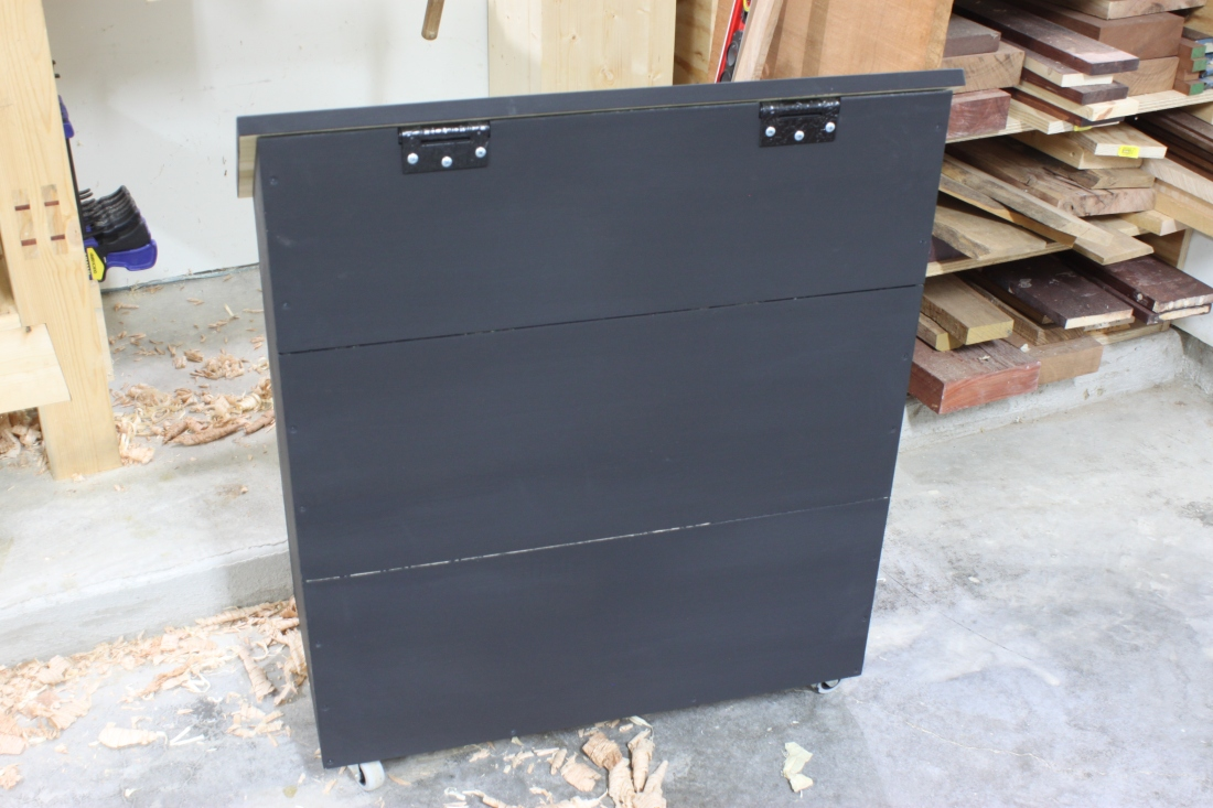 dutch tool chest rear